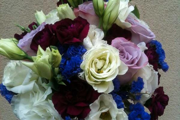 bukiet ślubny niebieski