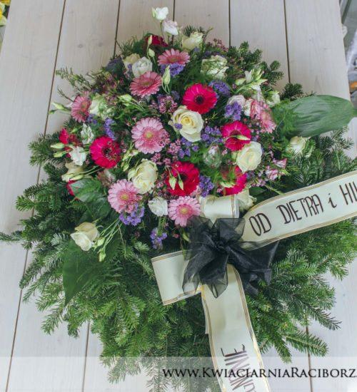 wieniec na pogrzeb