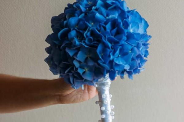 niebieski bukiet slubny hortensja